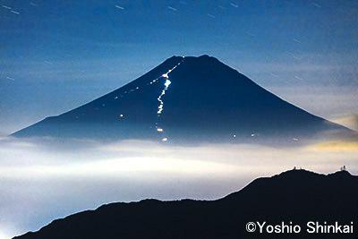 夜の富士山 1.jpg